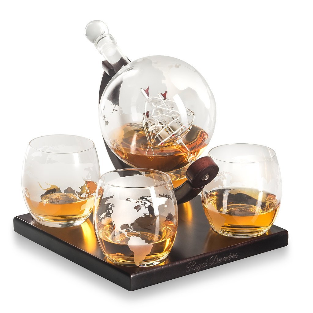 1944b909282 Royal Decanters Etched Globe Whiskey Decanter Set